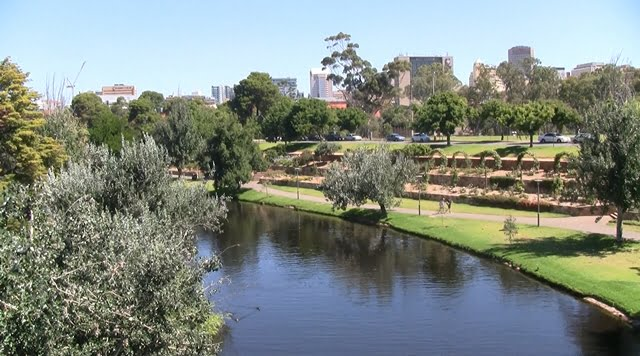Adelaide view by the Torrens river